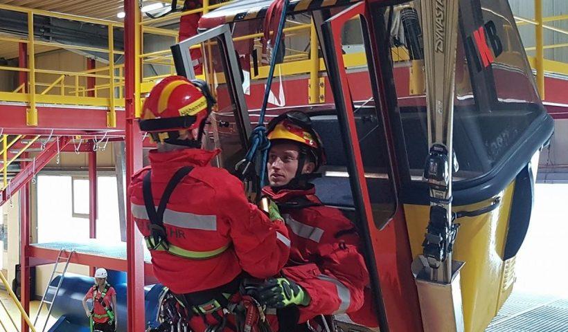 SRHT_Feuerwehr_Grundlehrgang_Seilbahnrettung