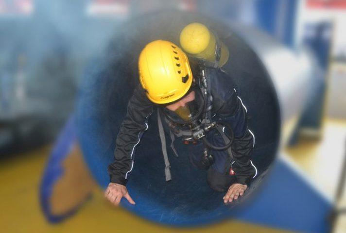 IKB Akademie Atemschutzgeräteträger Druckluftschlauchgerät Pressluftatmer mit Rettungsaufgaben